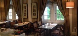Sensasi Makan di Restoran dengan Suasana Zaman Kolonial