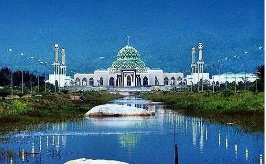 7 Wisata Menarik di Natuna, dari Masjid Raya Natuna hingga Tanjung Senubing