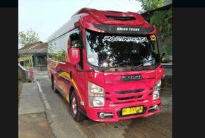 Rieva Trans: Travel Solo Jakarta, Solo Bandung, Solo Surabaya